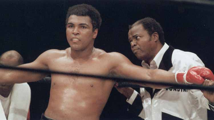 Drew 'Bundini' Brown dan Muhammad Ali. Copyright: © Getty images