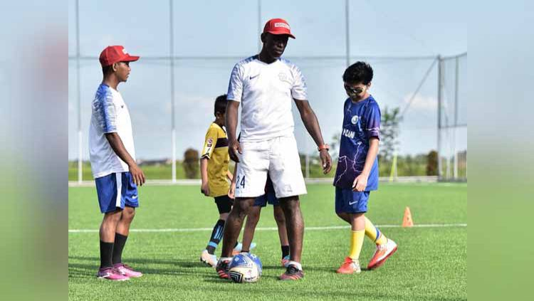 Anderson Da Silva, Legenda PSS Sleman yang Ingin Lahirkan Pemain Andal dari Academy Bersaudara Football. Copyright: © Dok. academybersaudarafootball