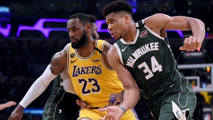LeBron James (LA Lakers) dan Giannis Antetokounmpo (Milwaukee Bucks) bersaing menjadi MVP NBA 2019/20. Copyright: © Harry How/Getty Images
