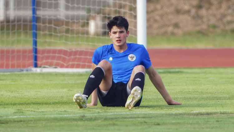 Teka-teki kapan bek Timnas Indonesia U-19, Elkan Baggot kembali bergabung mulai terjawab. Copyright: © Naufal/PSSI