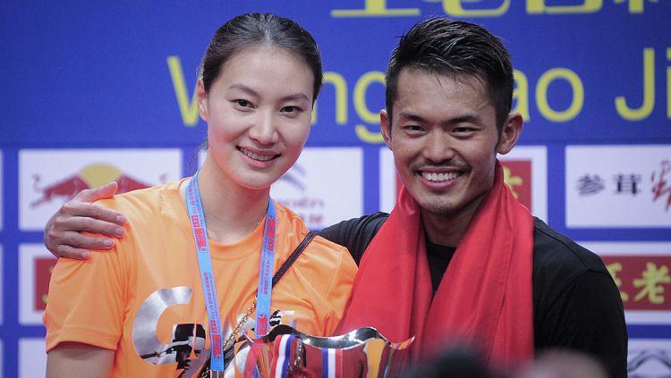 Meskipun sudah mereda, media China, Sports Sina kembali mengungkit kasus perselingkuhan Lin Dan dengan seorang model bernama Zhao Yaqi di tahun 2016. Copyright: © Visual China Group via Getty Images