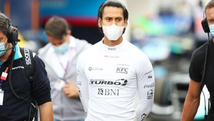 Pembalap asal Indonesia, Sean Gelael dikabarkan bakal comeback dan kembali membalap bersama tim DAMS di seri balapan Formula 2 (F2) GP Sakhir. Copyright: © Joe Portlock - Formula 1/Formula 1 via Getty Images