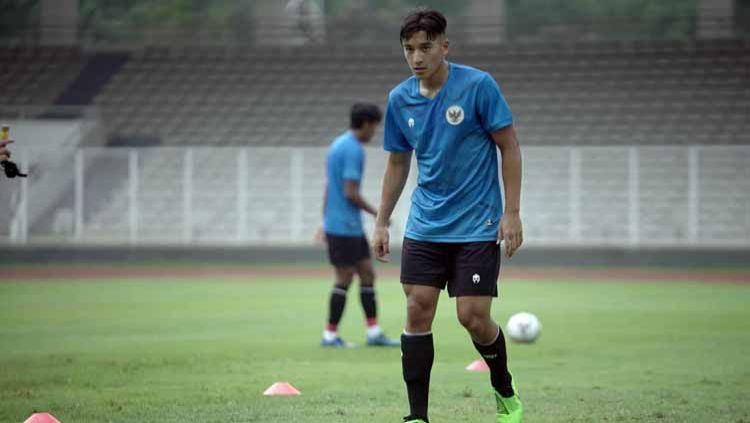Dua pemain Timnas Indonesia U-19 dilaporkan masih harus menjalani latihan terpisah dari rekan-rekannya karena cedera. Copyright: © PSSI