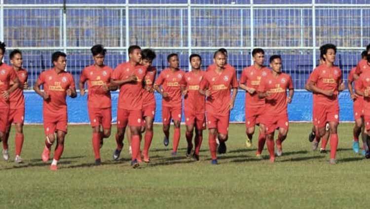 Latihan skuat Arema FC. Copyright: © Ian Setiawan/INDOSPORT
