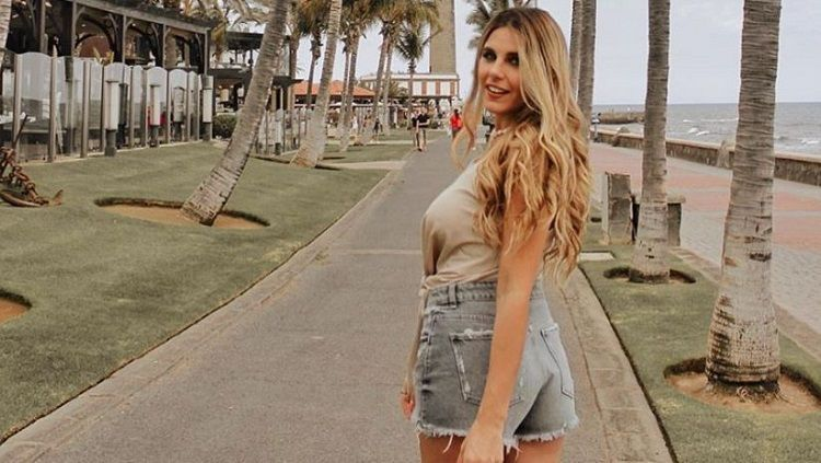 Ivana, adik Mauro Icardi yang cantik menawan. Copyright: © Instagram @ivannaicardi