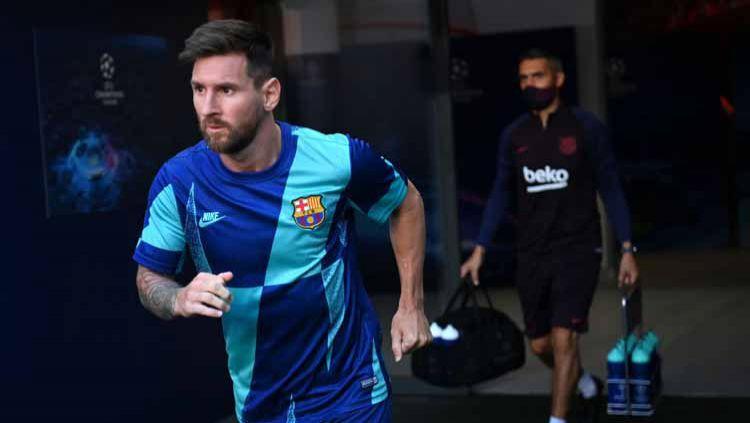 Tetap getol pertahankan Lionel Messi di Camp Nou, Barcelona dianggap akan membunuh diri mereka sendiri. Copyright: © Michael Regan - UEFA/UEFA via Getty Images