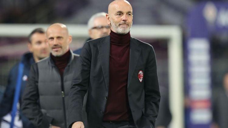 Pelatih AC Milan Stefano Pioli menaruh harapan khusus kepada salah satu penyerangnya agar bisa jadi andalan raksasa Serie A Italia itu musim ini. Copyright: © Gabriele Maltinti/Getty Images