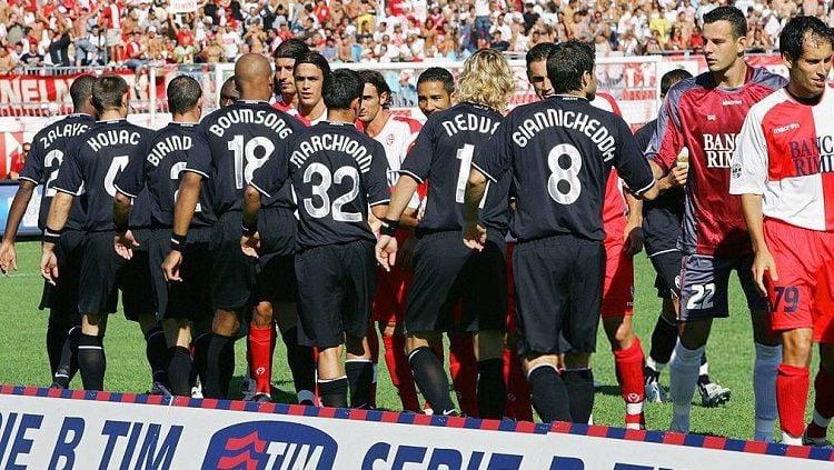 Pertandingan pertama Juventus di Serie B 2006-2007 melawan Rimini, 9 September 2006. Copyright: © Twitter