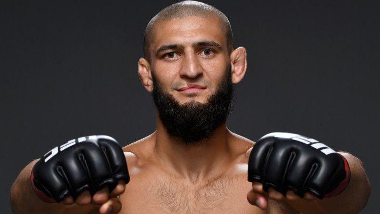 Khamzat Chimaev diyakini bisa membuat Conor McGregor terluka parah apabila keduanya memutuskan untuk bertarung MMA di ring UFC. Copyright: © Mike Roach/Zuffa LLC via Getty Images