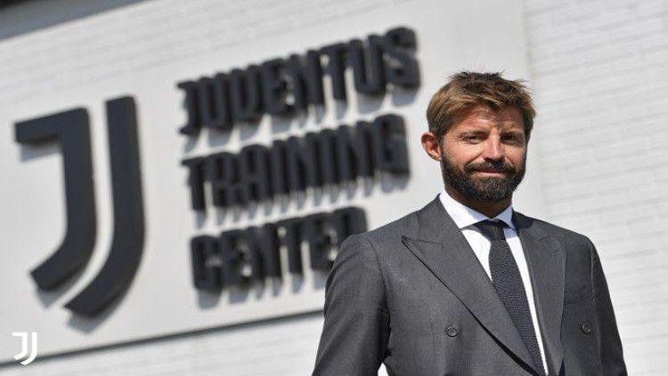 Marco Storari kembali ke Juventus sebagai staf. Copyright: © Twitter.com/juventusfc