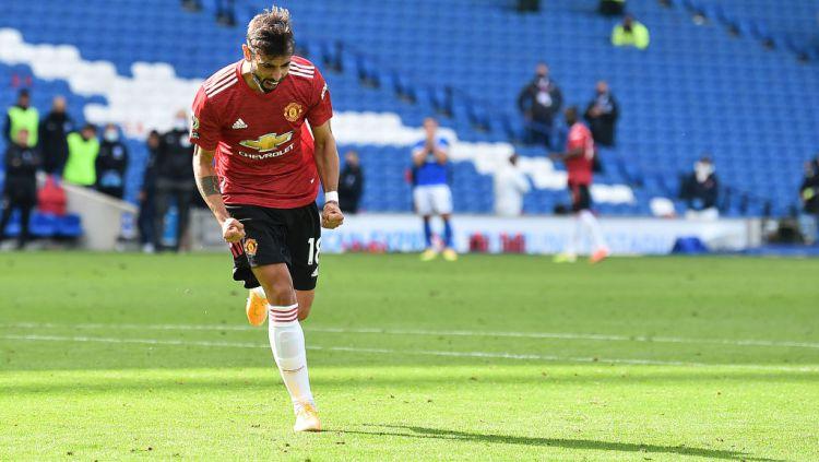 Pemain Manchester United, Bruno Fernandes mengakui bahwa klubnya bisa memiliki keberuntungan lebih saat pertandingan melawan Brighton & Hove Albion Copyright: © Glyn Kirk/PA Images via Getty Images