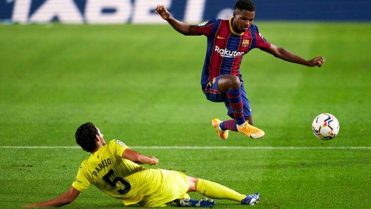 Kenekatan yang dilakukan oleh Manchester United nyaris membuat Barcelona kehilangan salah satu wonderkid terbaiknya. Copyright: © Pedro Salado/Quality Sport Images/Getty Images