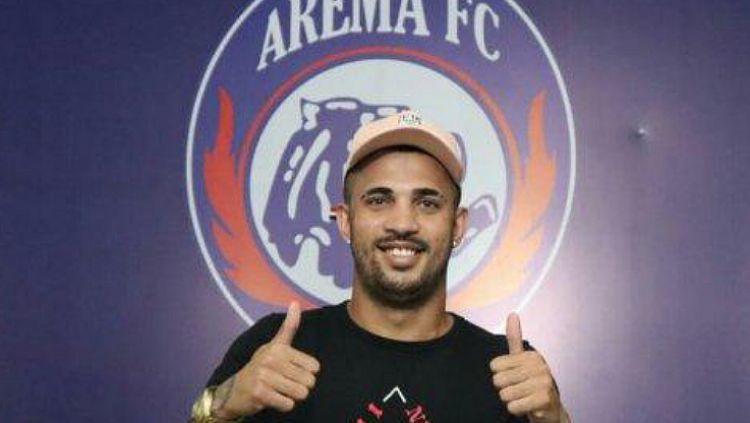 Bek Arema FC, Caio Ruan. Copyright: © Official Arema FC