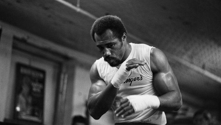 Tak disangka, Ken Norton jadi salah satu lawan terberat Muhammad Ali. Copyright: © Monte Fresco/Mirrorpix/Getty Images