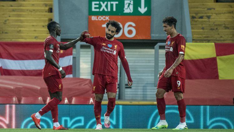 Menimbang-nimbang umur trio Liverpool Roberto Firmino, Sadio Mane, dan Mohamed Salah. Copyright: © Sebastian Frej/MB Media/Getty Images