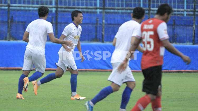 Laga ujicoba antara Arema FC vs Madura United di Stadion Kanjuruhan Malang, Rabu (21/10/20). Arema menang tipis 4-3 dari Madura United. Copyright: © Ian Setiawan/INDOSPORT