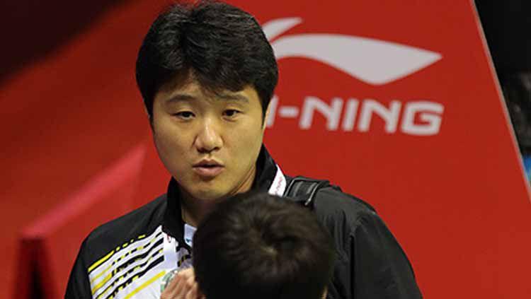Asosiasi Bulutangkis Korea (BKA) dikabarkan siap Kepala Pelatih Ahn Jae-chang karena dinilai tak mampu memberikan hasil yang memuaskan. Copyright: © Badminton Photo