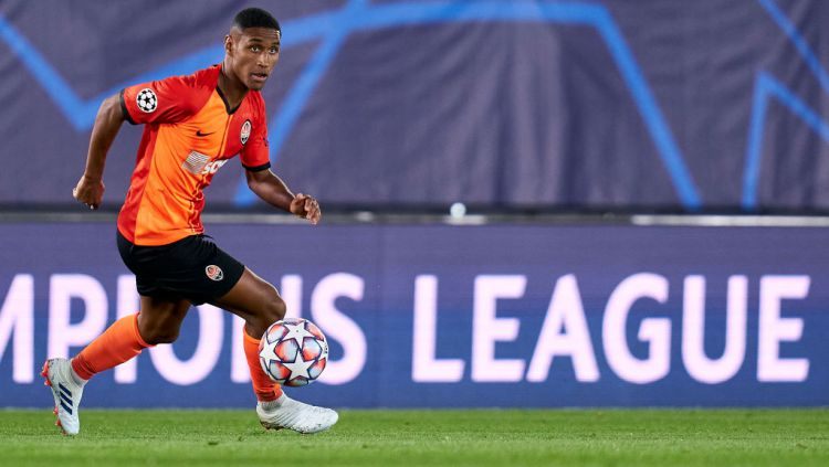 Mateus Tete, bintang Shakhtar Donetsk saat melawan Real Madrid di Liga Champions. Copyright: © Diego Souto/Quality Sport Images/Getty Images