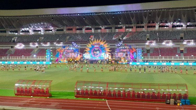 Suasana Seremonial Peresmian PON XX di Stadion Lukas Enembe, Jumat (23/10/20). Copyright: © Sudjarwo/INDOSPORT