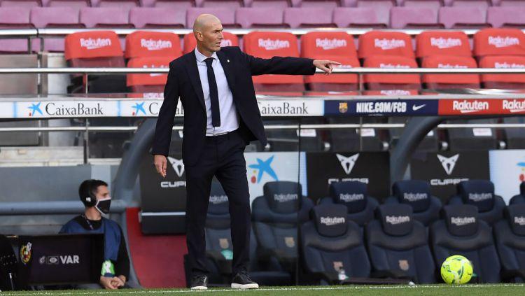 Real Madrid dikabarkan bakal memecat Zinedine Zidane malam ini, menyusul kekalahan Los Blancos dari Shakhtar Donetsk di matchday kelima Liga Champions 2020/21. Copyright: © Alex Caparros/Getty Images