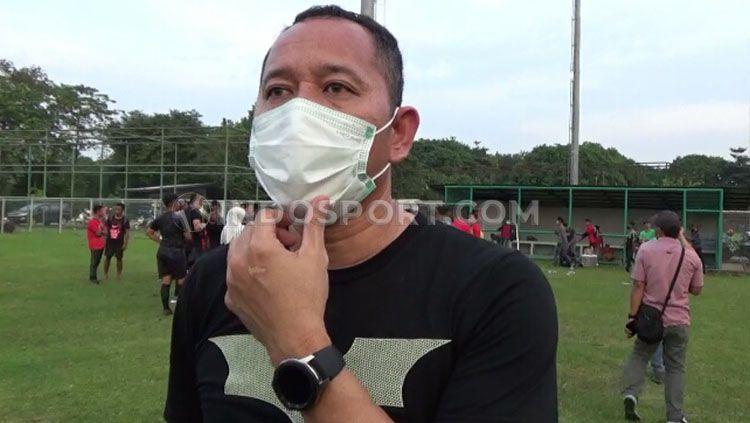 Direktur Teknik Sriwijaya FC, Indrayadi. Copyright: © Muhammad Effendi/INDOSPORT