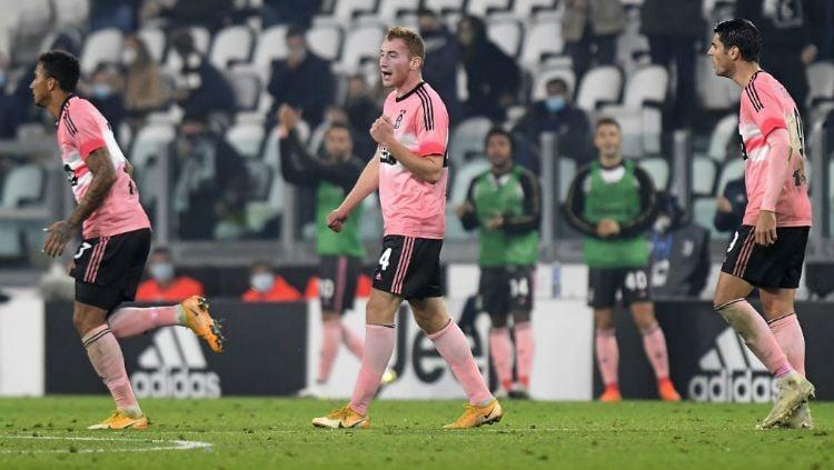 Selebrasi gol Dejan Kulusevski dalam lanjutan Liga Italia Juventus vs Hellas Verona. Copyright: © Filippo Alfero - Juventus FC/Juventus FC via Getty Images