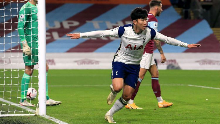 Selebrasi gol Son Heung-min di laga Liga Inggris Burnley vs Tottenham Hotspur. Copyright: © Lindsey Parnaby/PA Images via Getty Images