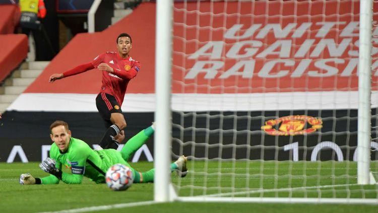 Manchester United sukses meraih kemenangan telak atas RB Leipzig dengan skor skor 5-0 pada laga kedua Grup H Liga Champions di Old Trafford. Copyright: © Vincent Mignott/DeFodi Images via Getty Images