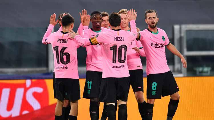 Berikut klasemen sementara LaLiga Spanyol 2020/21, Minggu (28/02/21) hari ini, dimana Barcelona sukses menggusur Real Madrid dan perlahan mulai mendekati puncak. Copyright: © Valerio Pennicino/Getty Images