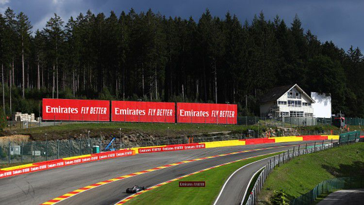 Sirkuit terpanjang F1 saat ini, Sirkuit Spa-Francorchamps di Belgia. Copyright: © (Photo by Bryn Lennon/Getty Images)