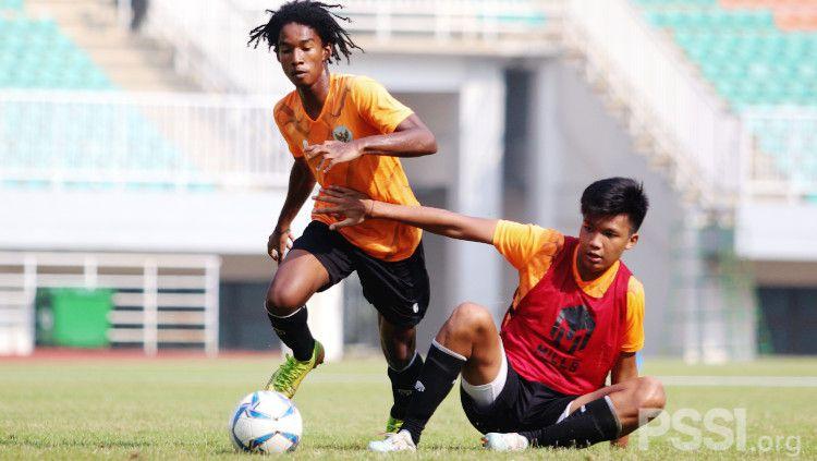 Laga internal Timnas Indonesia U-16 di Stadion Pakansari, Bogor beberapa waktu lalu. Copyright: © PSSI