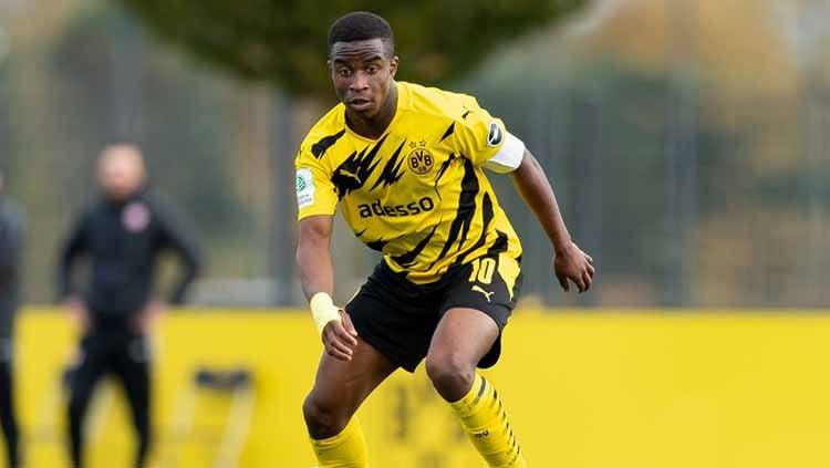 Youssoufa Moukoko, pemain Borussia Dortmund Copyright: © Max Maiwald/DeFodi Images via Getty Images
