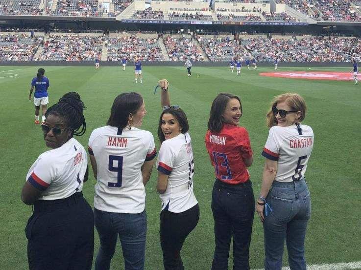 Deretan Selebritas Papan Atas yang Jadi Pemilik Klub Sepak Bola