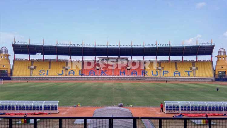 Stadion Si Jalak Harupat, Kabupaten Bandung, menjadi salah satu calon venue Piala Menpora 2021. Copyright: © Arif Rahman/Indosport.com