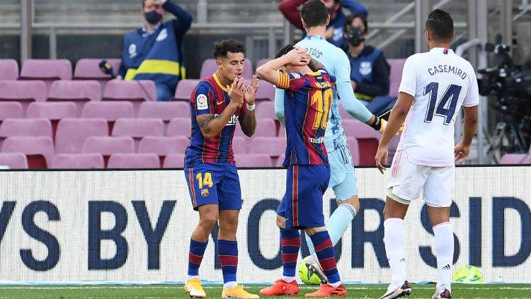 Bikin Ronald Koeman kecewa, Philippe Coutinho bisa dibenci raksasa LaLiga Spanyol, Barcelona, lagi. Copyright: © Alex Caparros/Getty Images