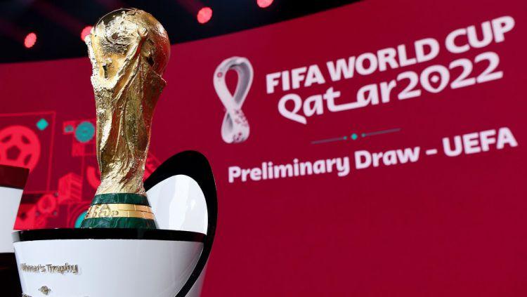 Trofi Piala Dunia 2022 di Qatar Copyright: © FIFA/FIFA via Getty Images