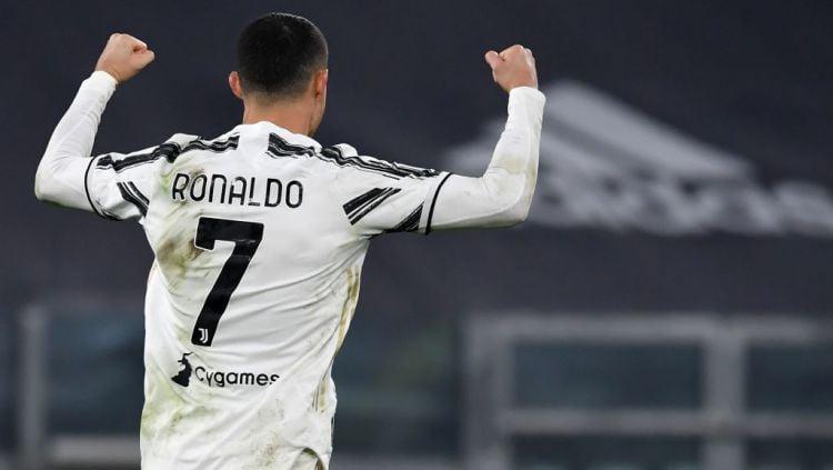 Gol Cristiano Ronaldo tak hanya bawa Juventus juara Supercoppa Italia, tapi juga bawa dirinya jadi pemain dengan gol terbanyak sepanjang masa gusur Josef Bican. Copyright: © Andrea Staccioli/LightRocket via Getty Images