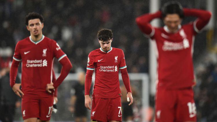 Ekspresi penyesalan pemain Liverpool usai ditahan imbang Fulham Copyright: © Andrew Powell/Liverpool FC via Getty Images
