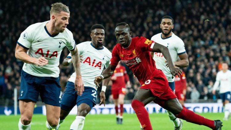 Jadwal pertandingan Liga Inggris hari ini akan menghadirkan laga penting antara Tottenham Hotspur vs Liverpool. Copyright: © Stephanie Meek - CameraSport via Getty Images