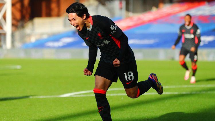 Takumi Minamino merayakan golnya di laga Crystal Palace vs Liverpool Copyright: © Twitter @premierleague