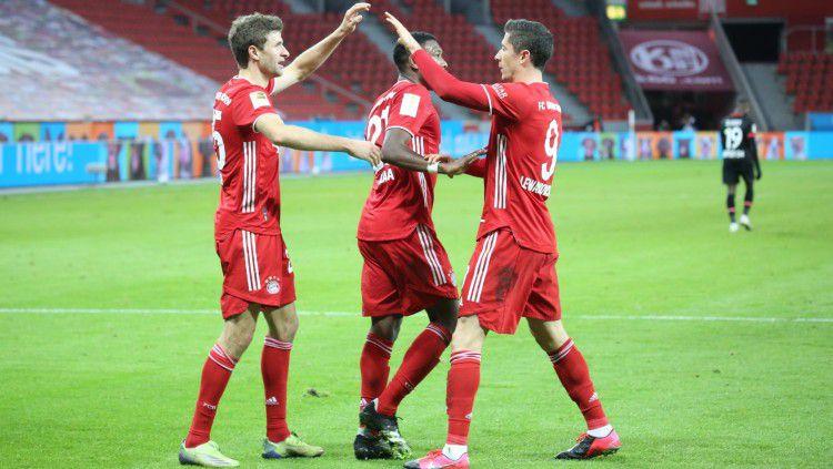 Bayern Munchen berhasil meraih kemenangan telak atas Koln dengan brace yang Lewandowski dan Gnabry cetak dalam laga lanjutan pekan ke-23 Bundesliga Jerman. Copyright: © twitter.com/fcbayern