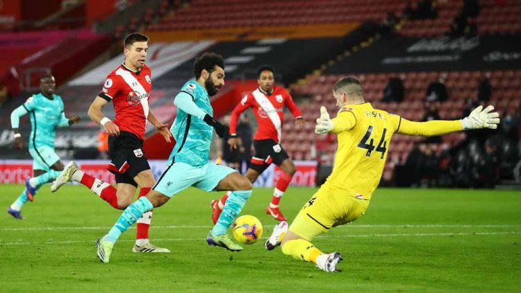 Liverpool dibekuk Southampton pada pekan ke-17 Liga Inggris 2020/21, Selasa (05/01/21). Netizen pun mengirim kritik pedas kepada The Reds. Copyright: © Michael Steele/Getty Images