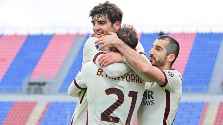 Berikut adalah hasil pertandingan giornata ke-16 Serie A Italia yang mempertemukan Crotone vs AS Roma yang berakhir dengan kemenangan untuk Serigala Roma. Copyright: © twitter.com/ASRomaEN