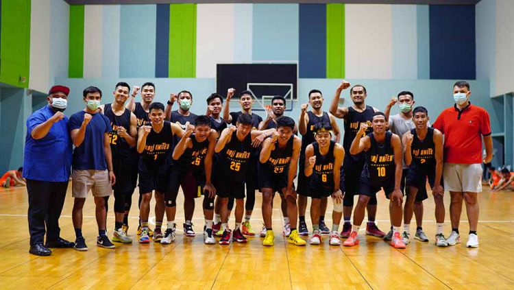 Klub baru Indonesian Basketball League (IBL) 2021, Bali United Basketball secara resmi memperkenalkan jersey kebanggaan yang akan dipakai di kompetisi. Copyright: © Ofisial Bali United