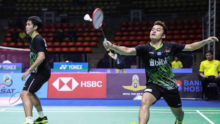 Pasangan Leo Rolly Carnando/Daniel Marthin melaju ke semifinal Yonex Thailand Open 2021 usai mengalahkan Marcus Ellis/Chris Langridge. Copyright: © badmintonindonesia