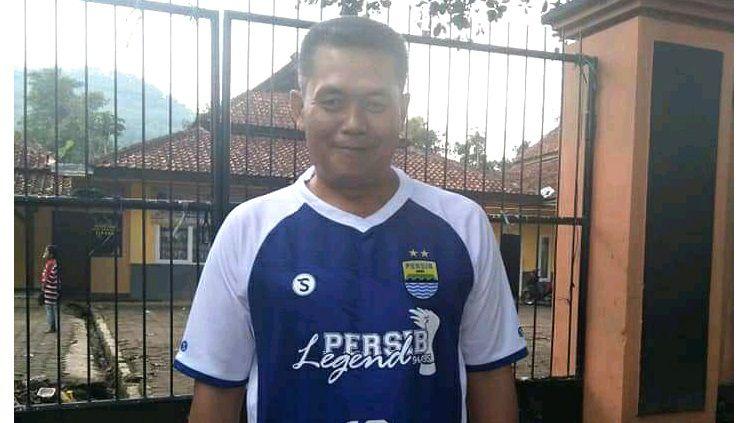 Mantan pemain Persib Bandung, Mulyana, yang merasa gelar juara Perserikatan 1993-1994 dan Liga Indonesia 1994-1995. Copyright: © Dok. Pribadi