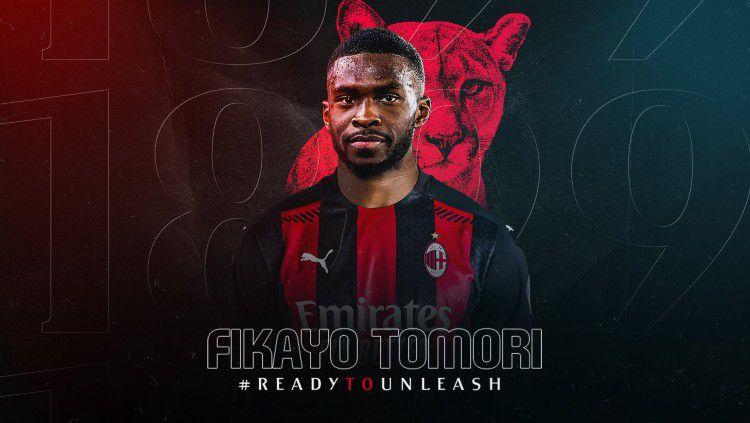 Bek muda Chelsea, Fikayo Tomori resmi berseragam AC Milan setelah merampungkan kepindahannya dengan status pinjaman. Copyright: © twitter.com/acmilan