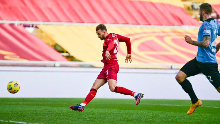 Striker AS Roma, Borja Mayoral mencetak gol ke gawang Spezia Copyright: © twitter.com/ASRomaEN