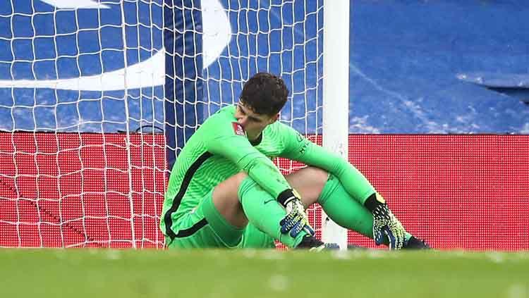 Kemenangan Chelsea atas klub divisi dua Liga Inggris, Lutown Town dalam laga putaran keempat Piala FA dengan skor 3-1 di Stamford Bridge, Minggu (25/01/21), diwarnai oleh blunder Kepa Arrizabalaga. Copyright: © Nick Potts/PA Images via Getty Images