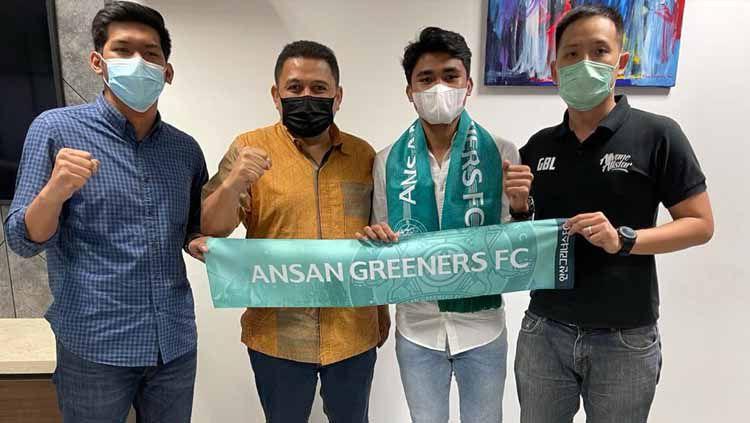 Asnawi Mangkualam berbagi cerita mengenai kegiatannya setelah bergabung dengan klub Liga 2 Korea Selatan, Ansan Greeners FC. Copyright: © Gabriel Budi